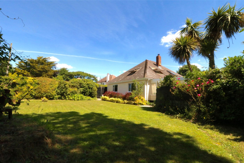 Bungalow for sale in Milford On Sea - Downton Lane, Downton, Lymington, SO41