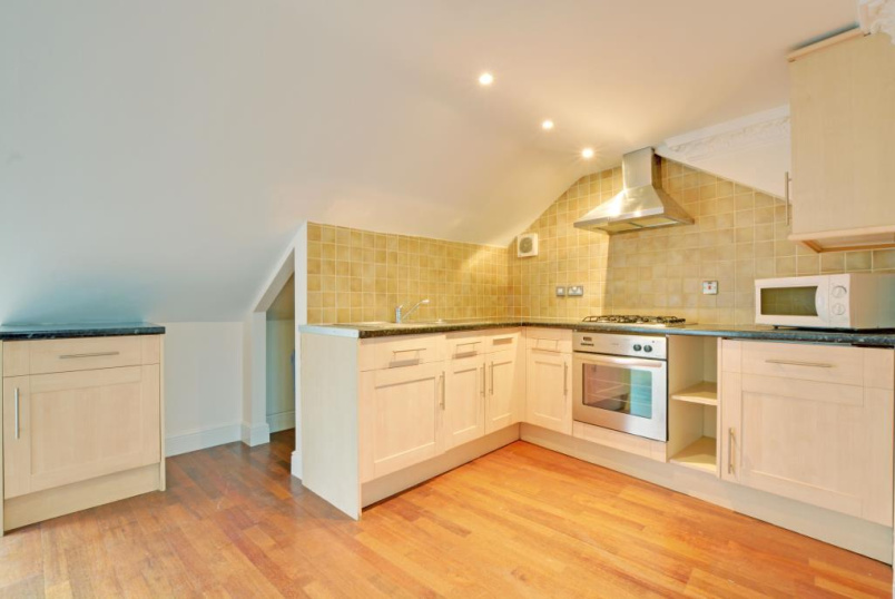 Flat/apartment to rent in Greenwich - Oxbow Mansions, Kemsing Road, Greenwich, SE10
