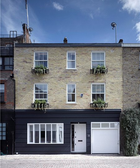 House to rent in South Kensington - Hesper Mews, London, SW5