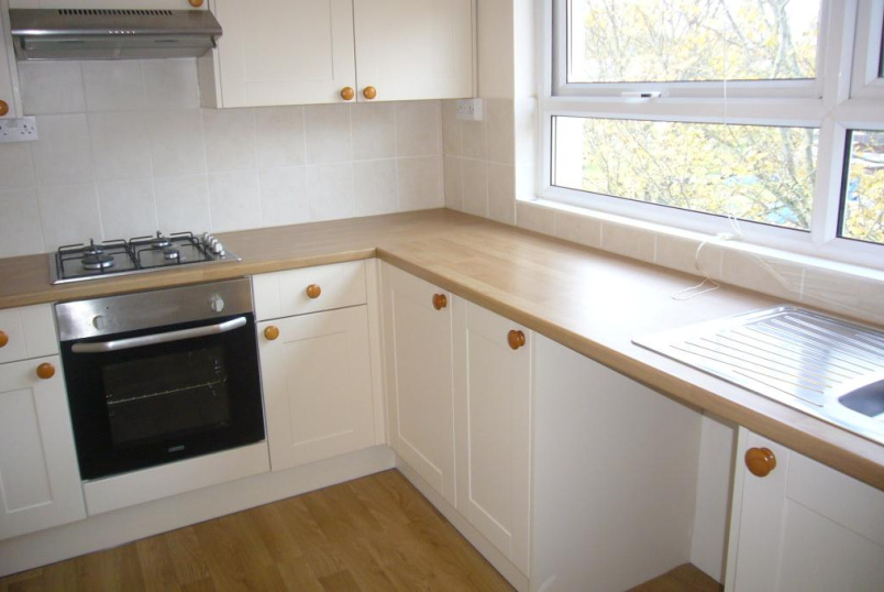 Flat/apartment to rent in Exeter - Wynford Road, Stoke Hill, Exeter, EX4