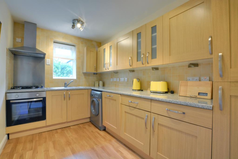 Flat/apartment to rent in Blackheath - Westcombe Park Road, Blackheath, SE3