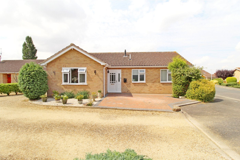 Bungalow for sale in Market Deeping - Church View, Northborough, Peterborough, PE6