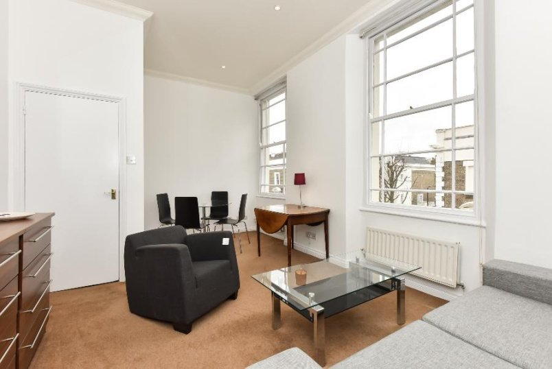 Apartment to rent in Pimlico and Westminster - GLOUCESTER STREET, SW1V