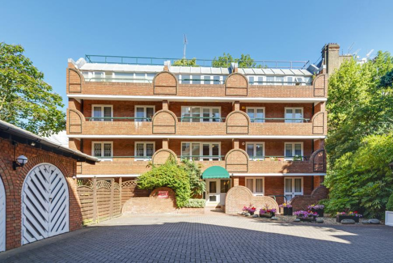 Apartment for sale in St Johns Wood - LA RESIDENCE, NW8 0PE