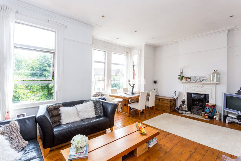 Flat/apartment for sale in Palmers Green - Palmerston Crescent, London, N13
