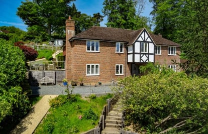 Stoatley Rise, Haslemere