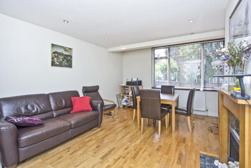 Flat/apartment to rent in Islington - Grice Court, Alwyne Square, Canonbury, N1