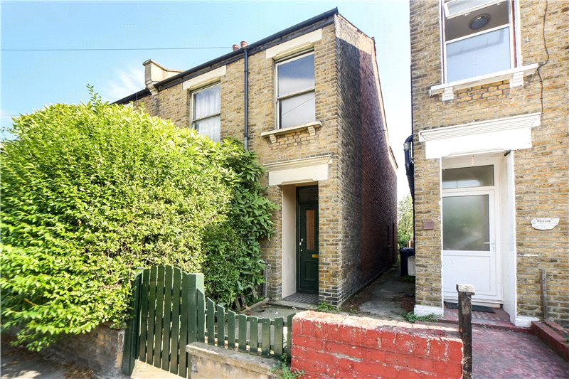 House for sale in Shepherds Bush & Acton - Wells House Road, London, NW10