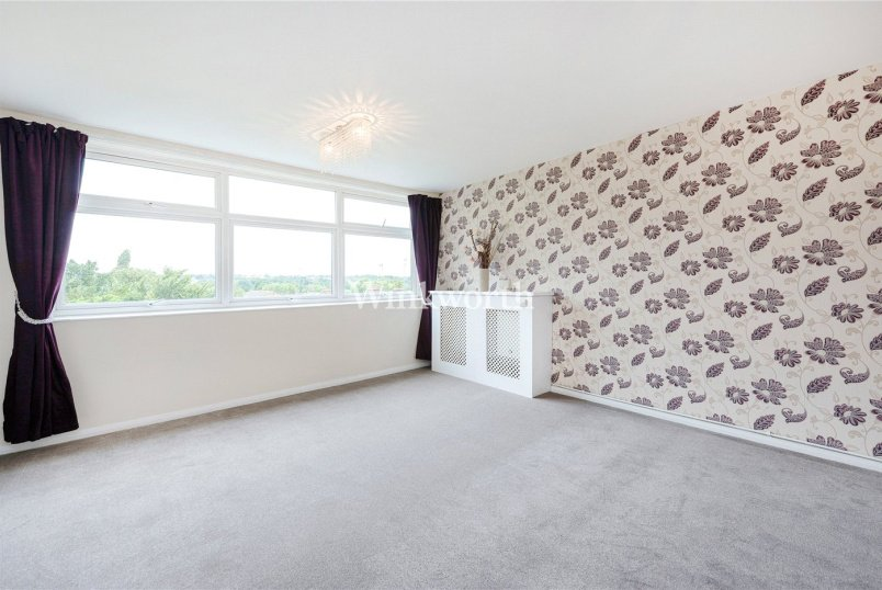 Flat/apartment to rent in Golders Green - Magnolia Court, Nether Street, London, N3