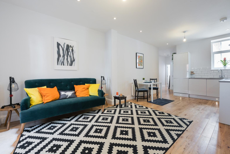 Apartment for sale in Clapham - STONHOUSE STREET, SW4