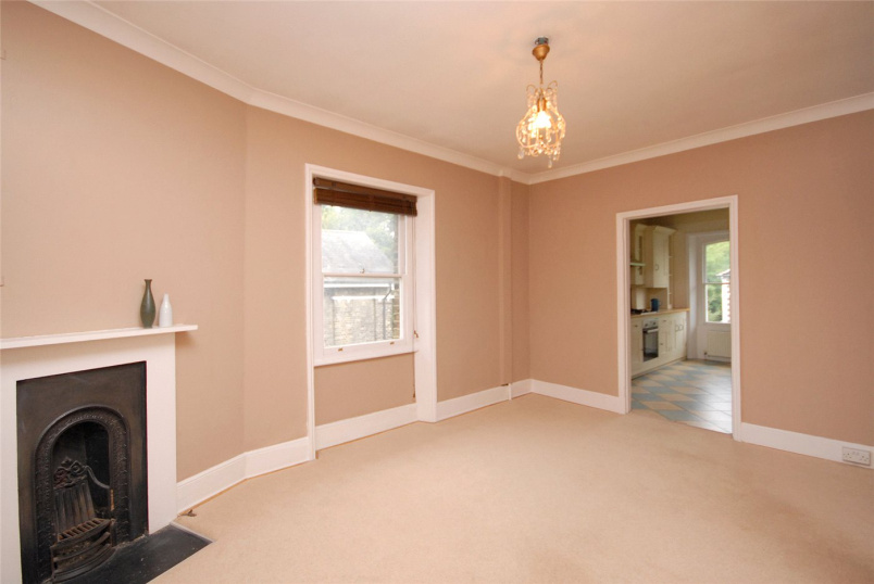 Flat/apartment to rent in Blackheath - Vanbrugh Park, Blackheath, SE3