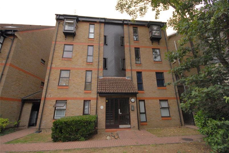 Flat/apartment to rent in Blackheath - Vanbrugh Park Road West, Blackheath, SE3