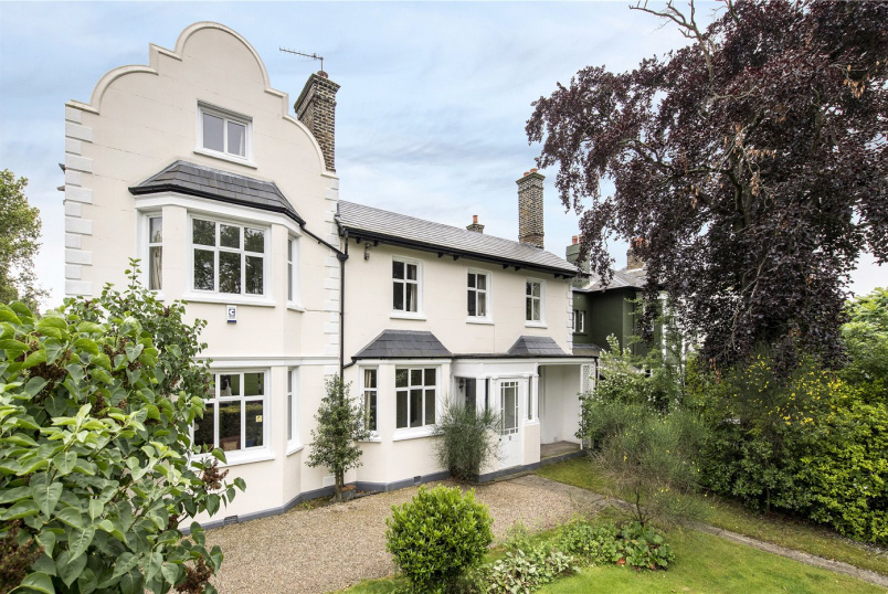 House for sale in Streatham - Streatham Common South, London, SW16