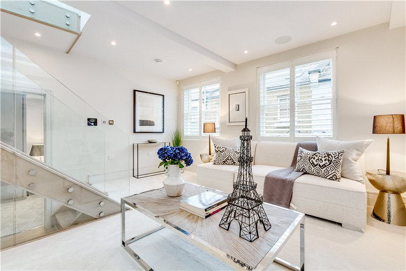 House for sale in South Kensington - Ensor Mews, London, SW7