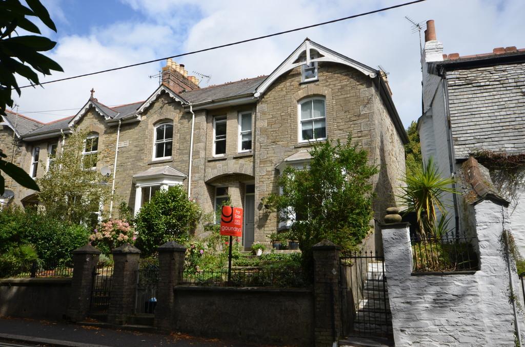 3 Bedroom Property For Sale In Kenwyn Terrace Truro Guide Price 325000