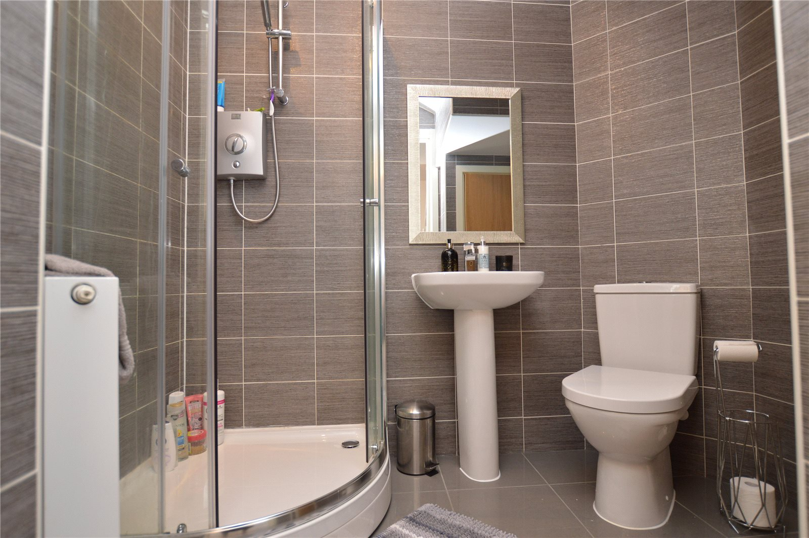 property for sale in crossgates, bathroom