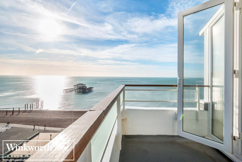 Flat/apartment to rent in Brighton & Hove - Bedford Towers, Kings Road, Brighton, BN1
