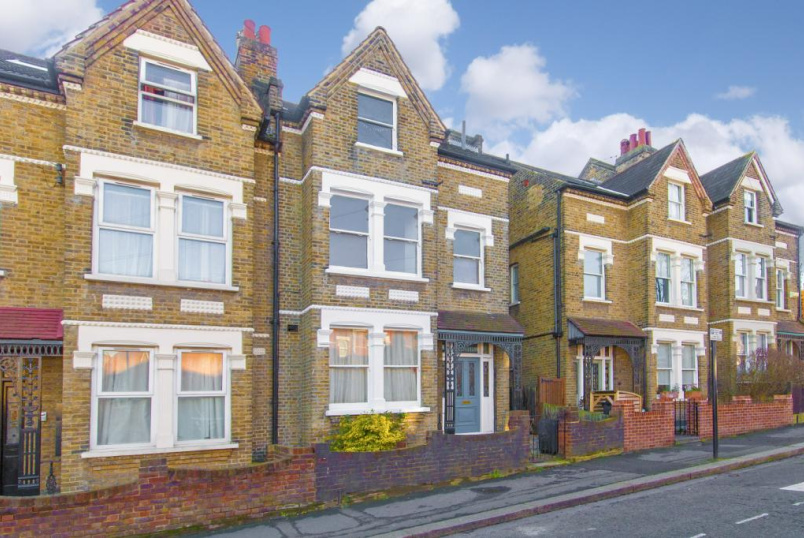 Flat/apartment to rent in West Norwood - Ullswater Road, West Norwood, London, SE27