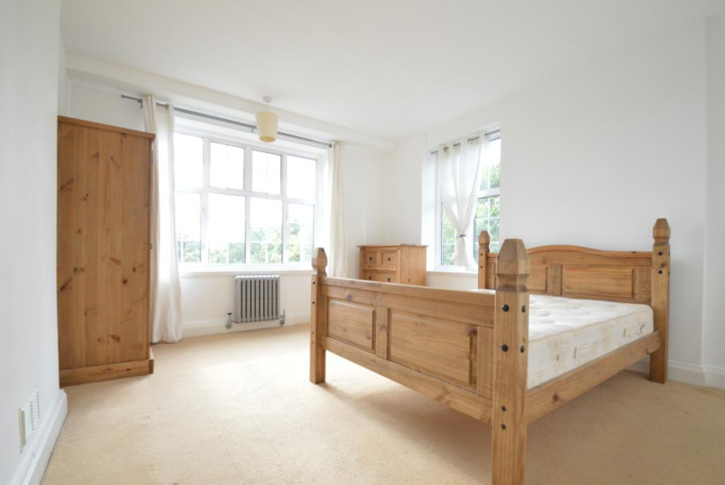 Flat/apartment to rent in Chiswick - Heathfield Court, Heathfield Terrace, London, W4