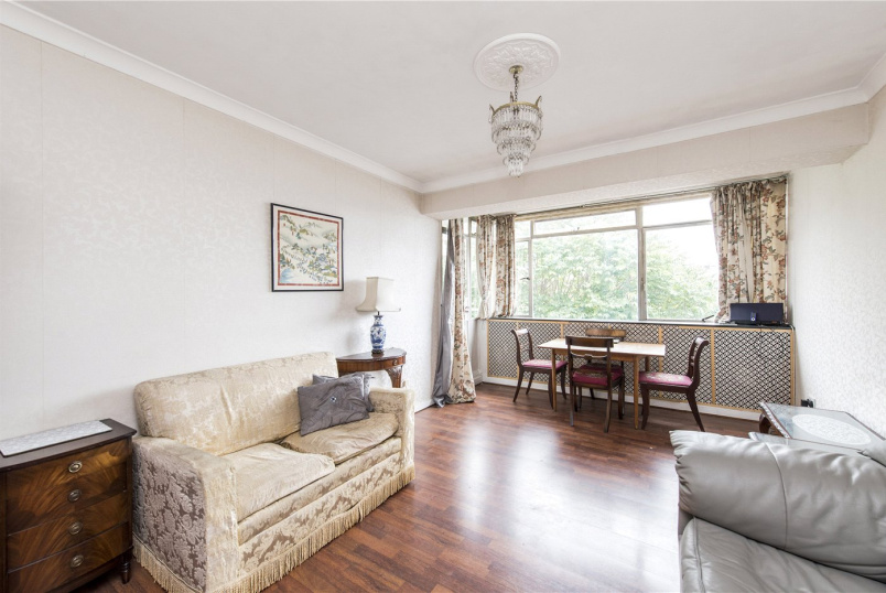 Flat/apartment for sale in Paddington & Bayswater - Gloucester Terrace, London, W2