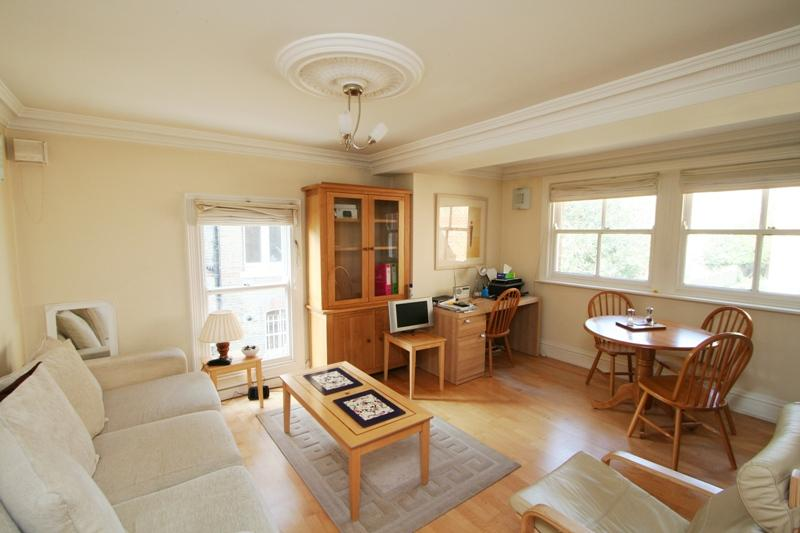 Flat/apartment to rent in Ealing & Acton - Viewpoint, North Common Road, W5