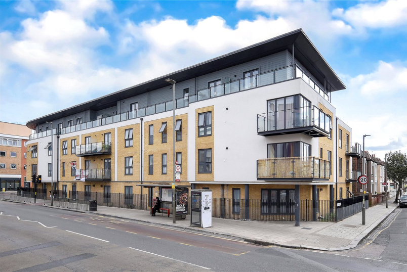 Flat/apartment for sale in Tooting - Odyssey House, 844 Garratt Lane, London, SW17