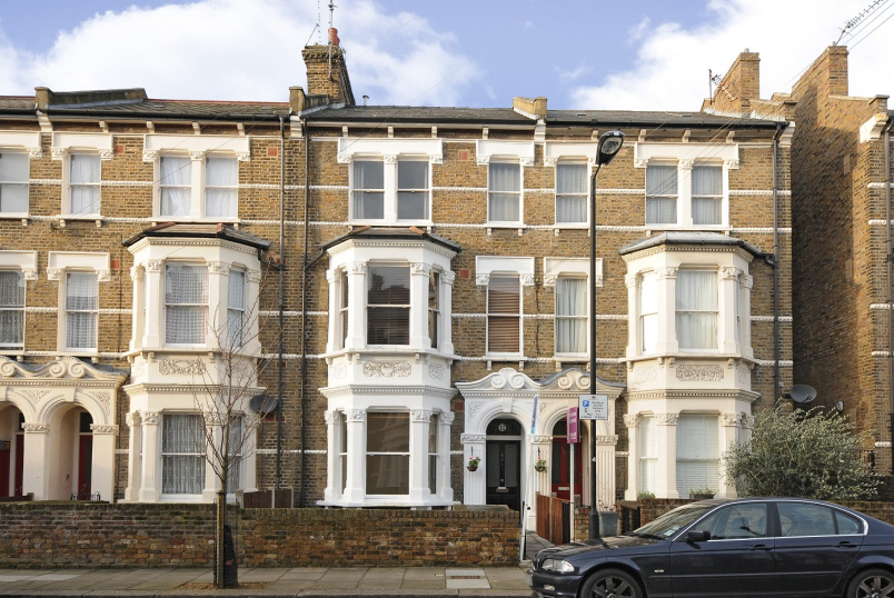 Flat for sale in St Johns Wood - DENHOLME ROAD, MAIDA VALE, W9 3HX