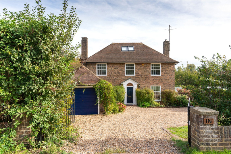 House for sale in Lewes - Cranedown, Lewes, East Sussex, BN7