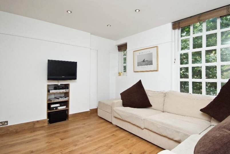 Flat to rent in Pimlico and Westminster - MARSHAM STREET, SW1P