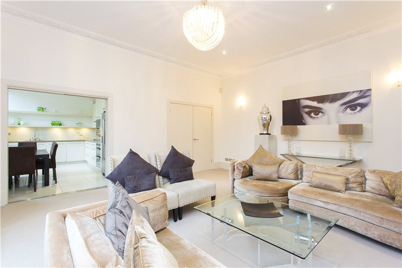 Flat/apartment to rent in South Kensington - Bolton Gardens, London, SW5