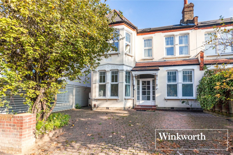 Flat/apartment for sale in Finchley - Redbourne Avenue, Finchley, London, N3