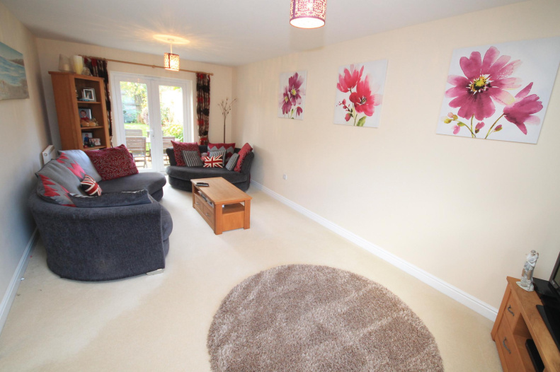 For Rent In Warminster  Room