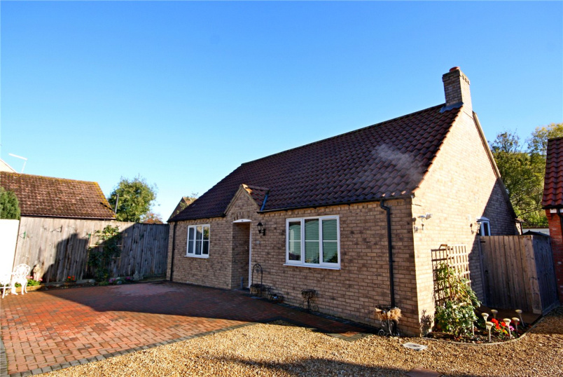 Bungalow for sale in Bourne - Edenham Road, Hanthorpe, Bourne, PE10