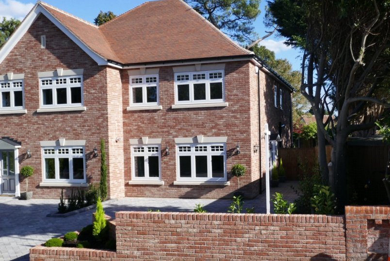 House for sale in Poole - Kings Crescent, Lower Parkstone, Poole, BH14