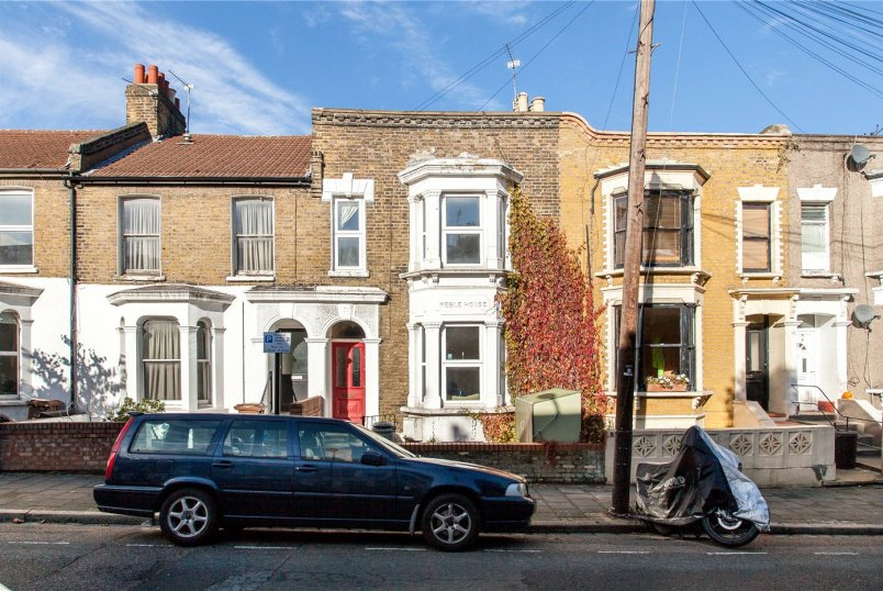 House for sale in Hackney - Rushmore Road, Hackney, E5