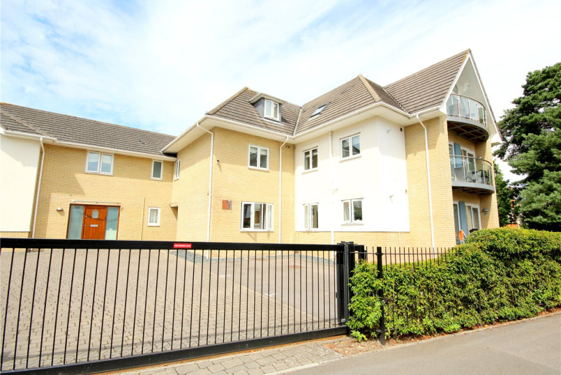 Flat/apartment for sale in Poole - Kings Avenue, Poole, Dorset, BH14