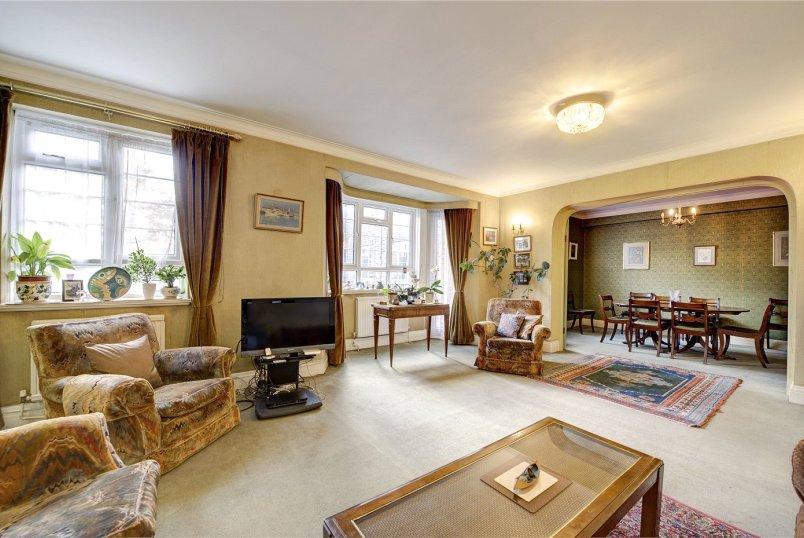 Flat Apartment For Sale In Kensington