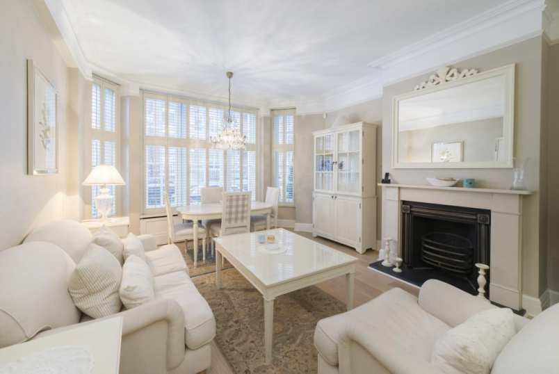 Flat/apartment to rent in Knightsbridge & Chelsea - Lincoln House, Basil Street, London, SW3