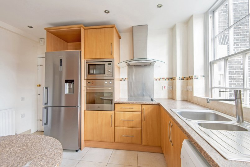 Flat to rent in St Johns Wood - SOUTH LODGE, CIRCUS ROAD, NW8 9ES