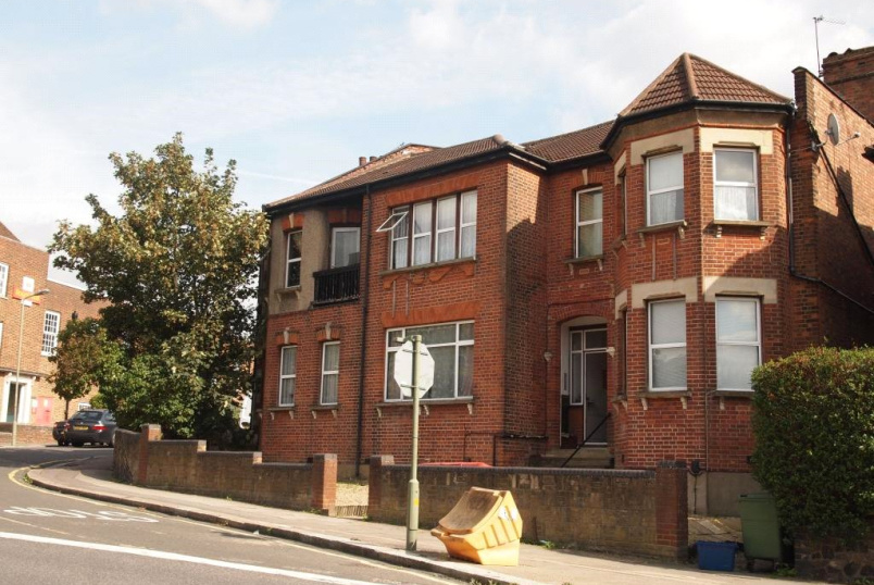 Flat/apartment to rent in Finchley - Gainsborough Road, Woodside Park, N12