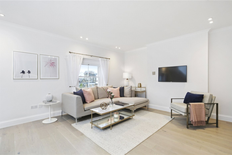 Flat/apartment for sale in Notting Hill - Pembridge Crescent, London, W11