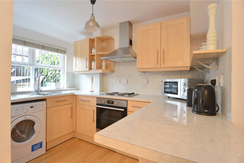 House to rent in Dulwich - Grovelands Close, Camberwell, SE5
