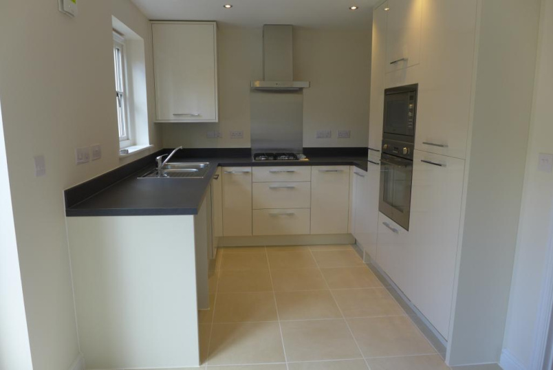 House to rent in Winchester - Meadow View, Winchester, Hampshire, SO23