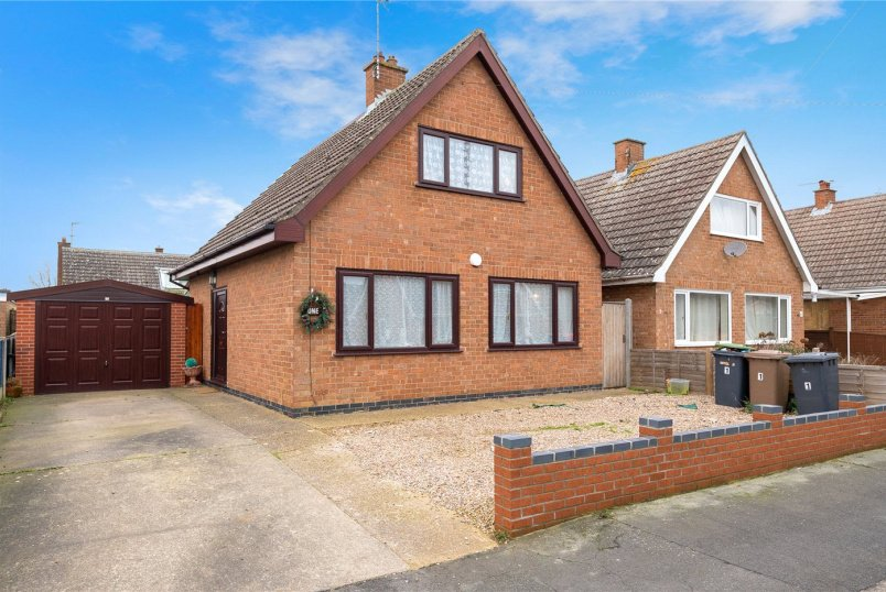 House for sale in Sleaford - St Marys Drive, Sleaford, Lincolnshire, NG34
