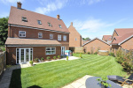 Grayling Close, Godalming GU7  20