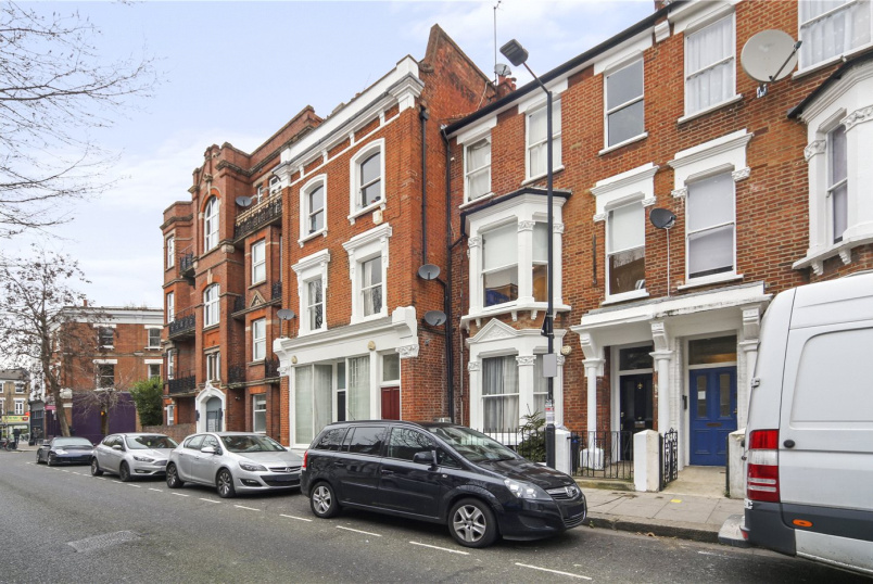 Flat/apartment for sale in  - Blythe Road, Brook Green, W14