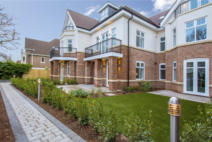 Flat/apartment for sale in Poole - Spur Hill Avenue, Lower Parkstone, Poole, BH14