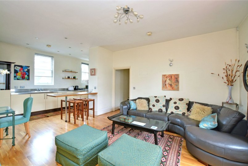 Flat/apartment to rent in Blackheath - Lee High Road, London, SE12