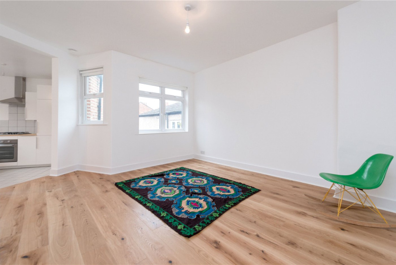 Flat/apartment to rent in Kensal Rise & Queen's Park - Ambleside Road, London, NW10