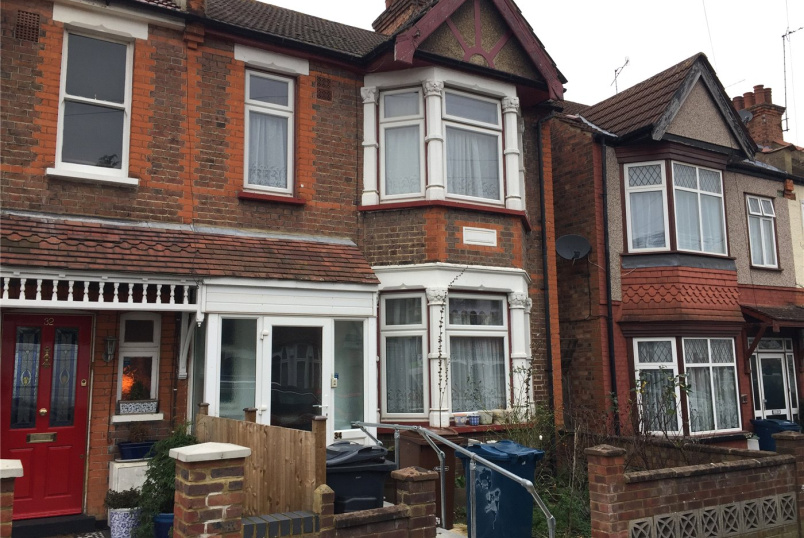 House for sale in Harrow - Rutland Road, Harrow, Middx, HA1